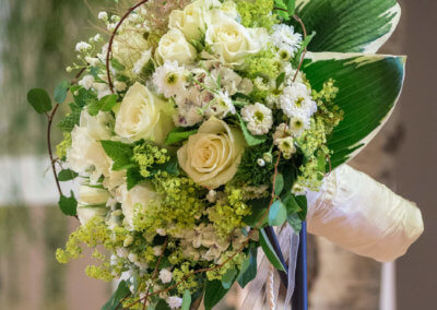 Brautstrauss weiß-grün