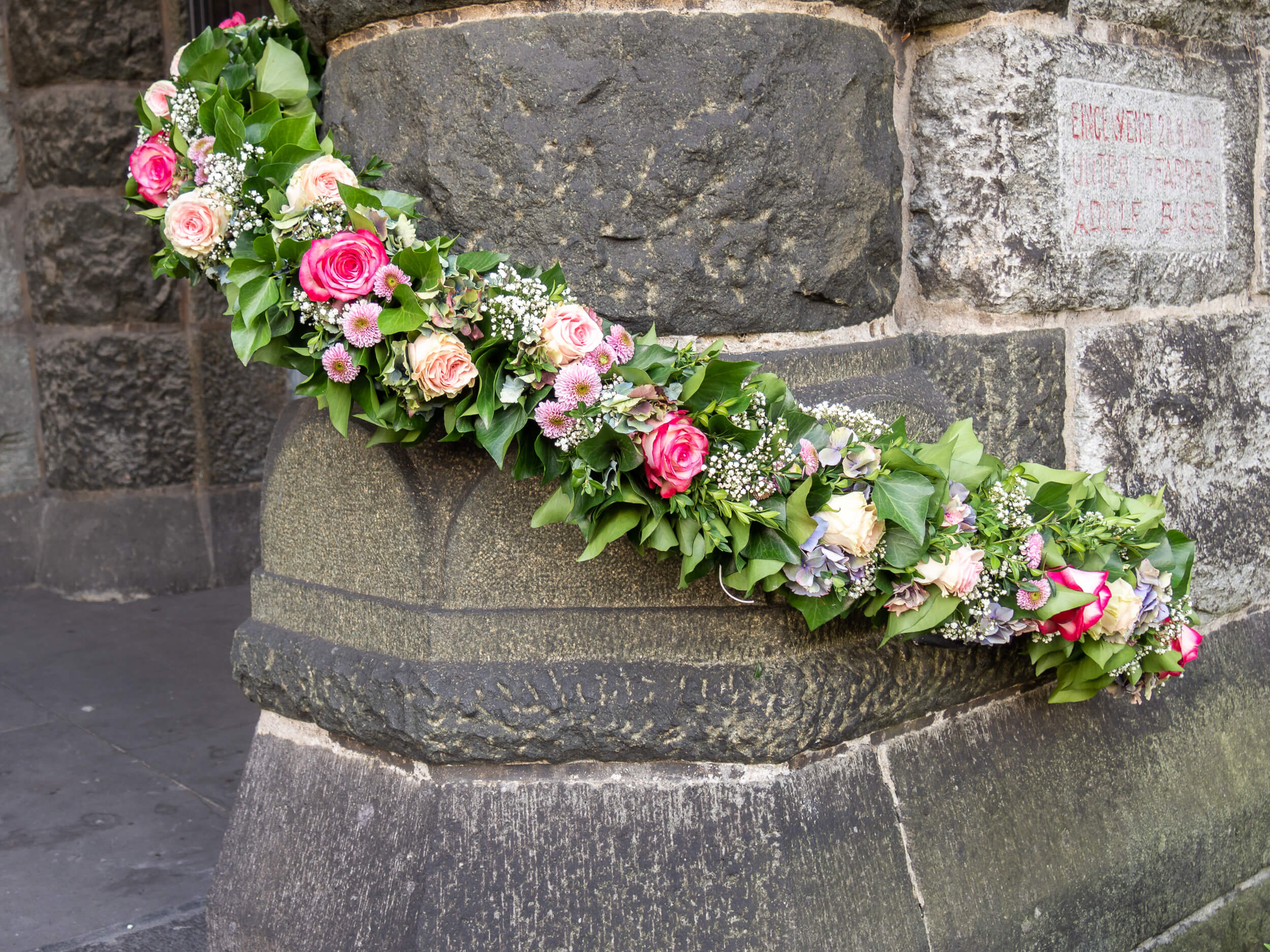Kirchendeko Blumengirlande