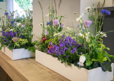 Tischdeko große Gestecke. Blumenladen Solingen