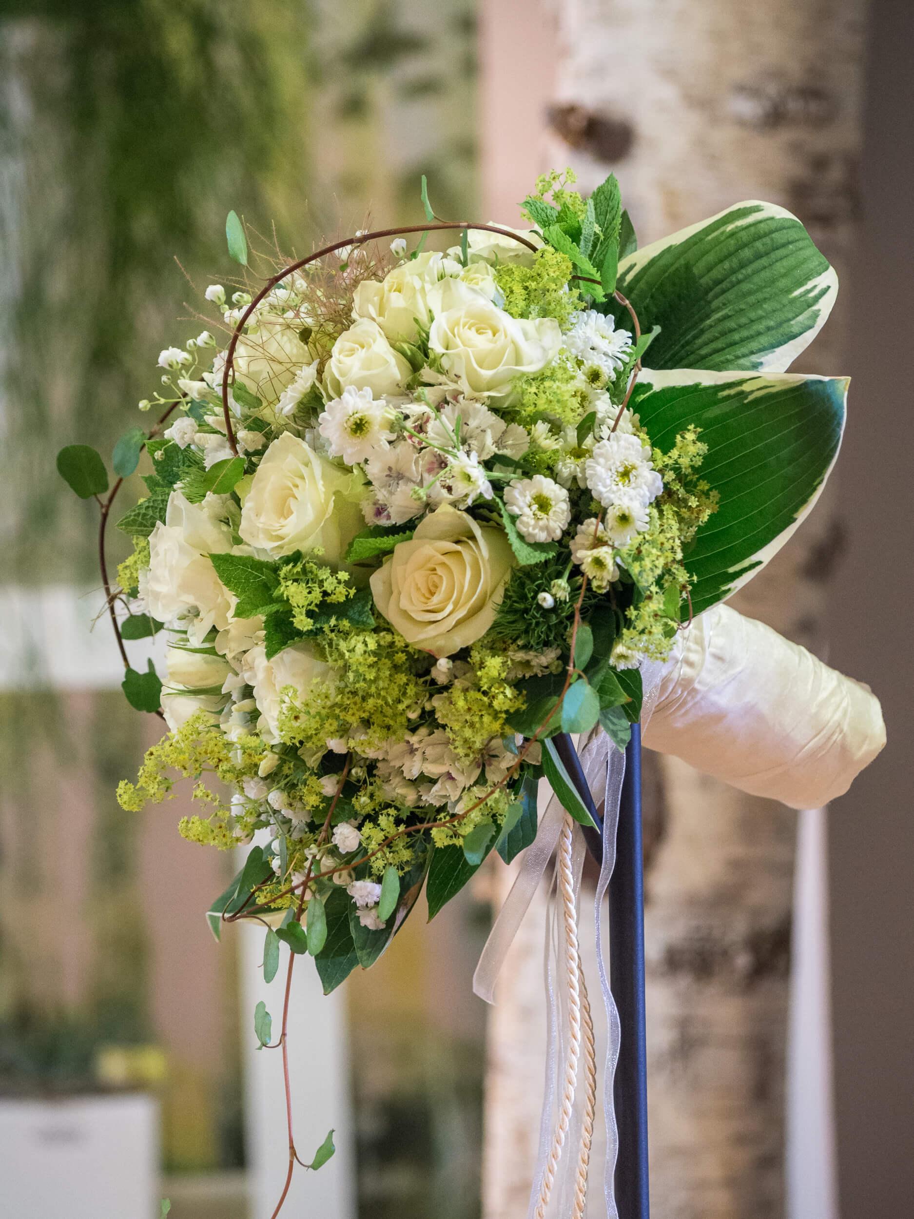 Hochzeitsblumen weiß-grün
